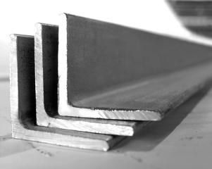 Купить уголок стальной равнополочный в Минске оптом и в розницу